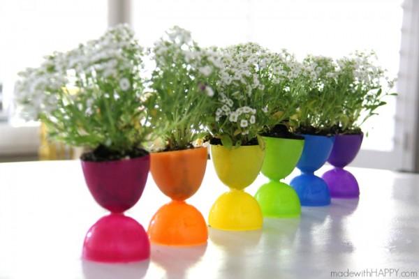 Plastic-Easter-eggs-pots-4