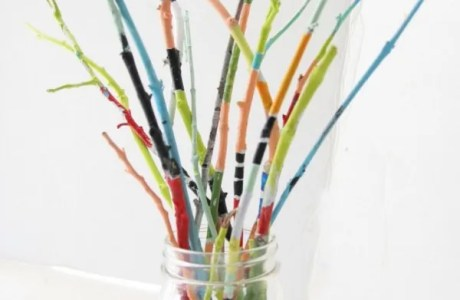How to make a painted twig bouquet
