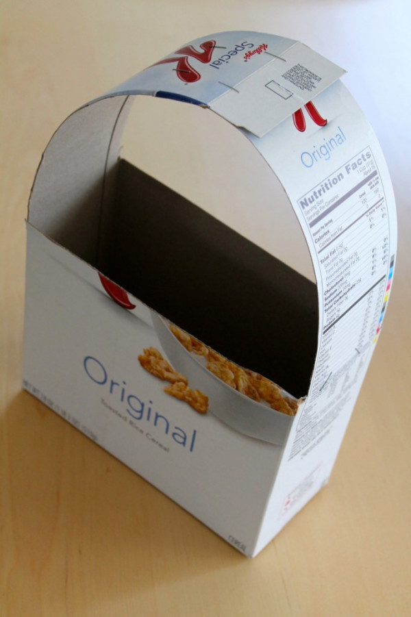 Easy recycled cardboard box Easter basket