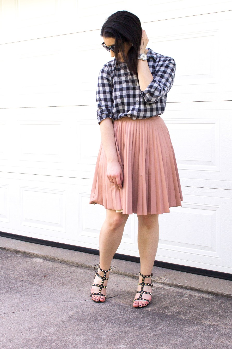 3 Ways to Build a Thrifted Work Wardrobe