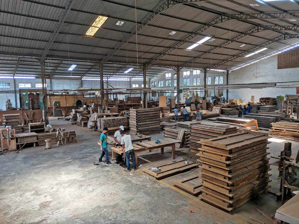 teak furniture manufacture