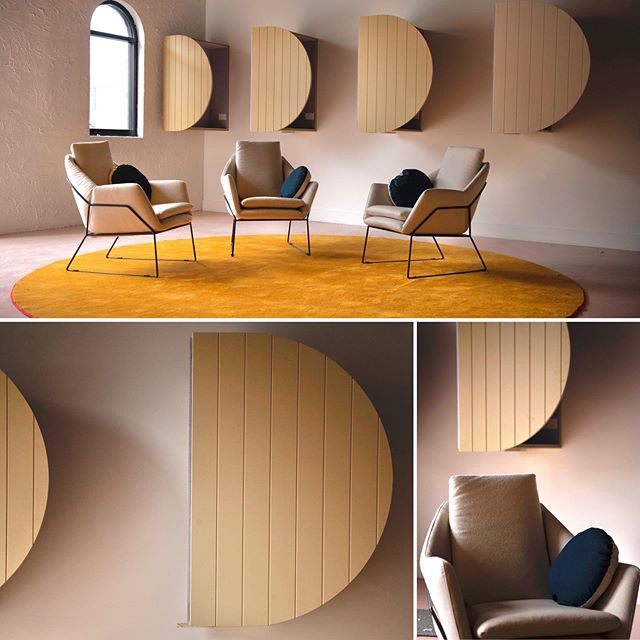 collaborative workplacemeeting rooms