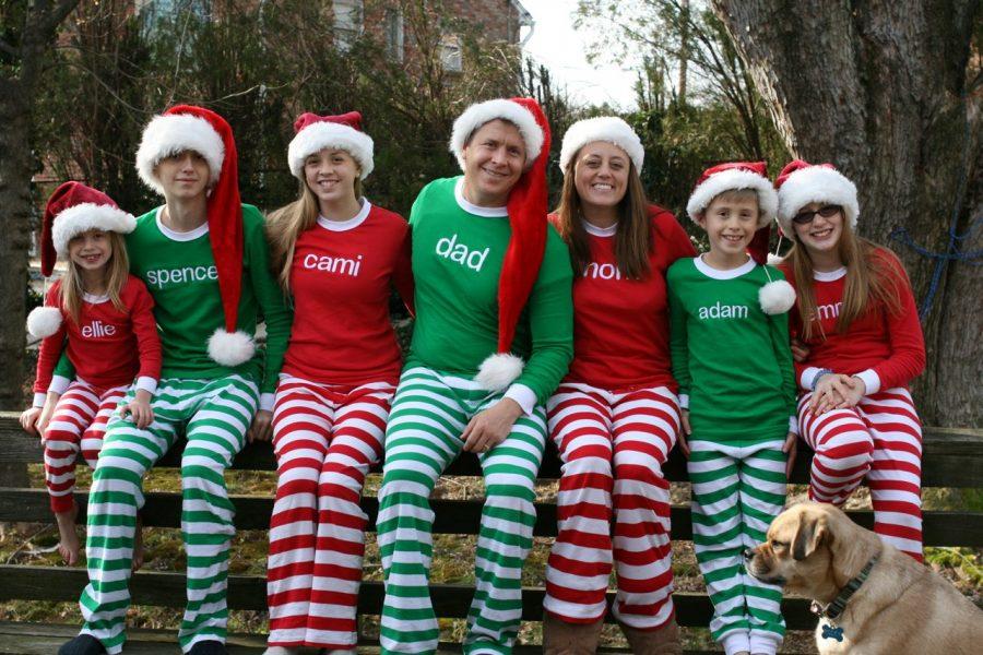matching-christmas-family-pajamas