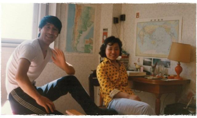 Hong y Luo en su primer departamento de Mar del Plata.