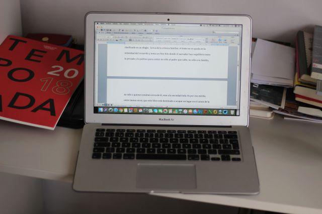 La MacBook Air de Piñeiro.