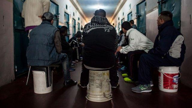 En un pabellón del penal 23 de Florencio Varela pacificaron la convivencia con un taller de escritura. Fotos: MAFIA.