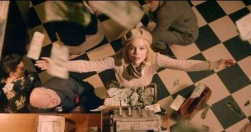 Avicii-Addicted-To-You-videoclip