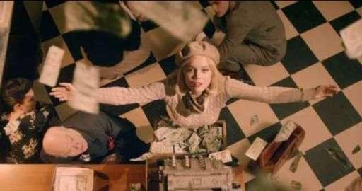 Avicii-Addicted-To-You-videoclip