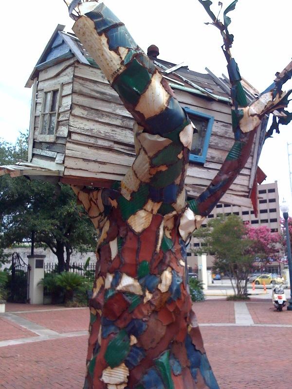 Scrap House erinnert an Katrina