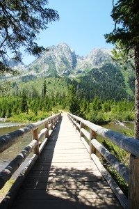 Hiking from String Lake to the Tetons