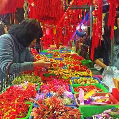 chinese new year market taipei