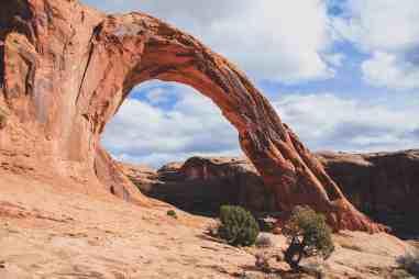 Potash Road Moab corona arch hike