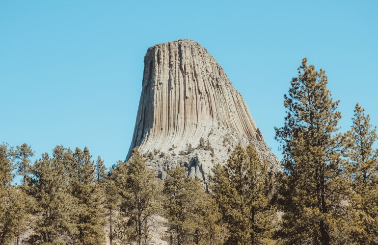 Devils tower wyoming black hills road trip