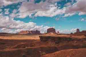 overlook in monument valley utah