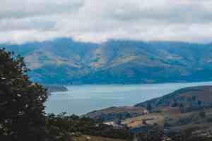 mountain lake in new zealand