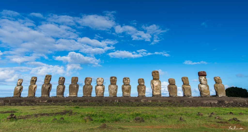 Ahu Tongariki, Easter Island, the Navel of the World (Yulin Lu/flickr.com)