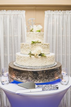 Red Bank Wedding Cake Guide Chocolate Carousel 4