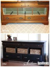 dresser-tv-middle-drawer-open