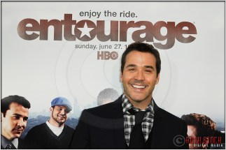 "Jeremy Piven at the Los Angeles Premiere of Season Seven of the HBO Original Series ""Entourage"""