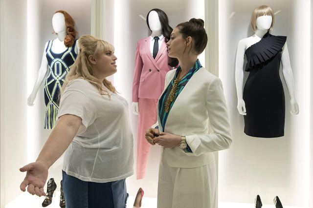 Preview The Hustle Starring Anne Hathaway Rebel Wilson
