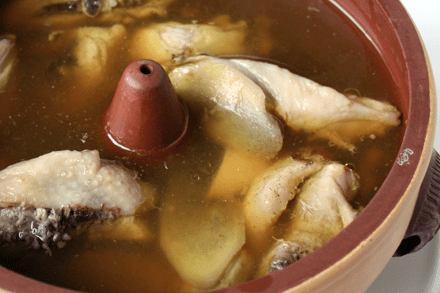 Steam Clay Pot Chicken Soup (汽鍋雞)
