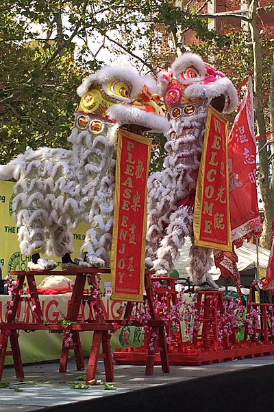 dumpling-lion-dance