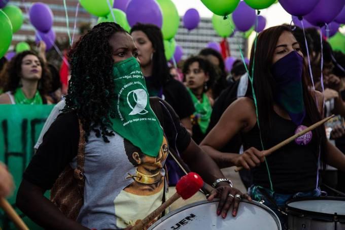 pela vida das mulheres foto camila santana - equipe sâmia bomfim