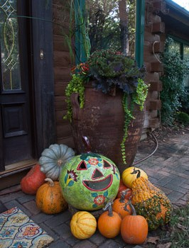 Talavera pumpkins and other fall decorations.