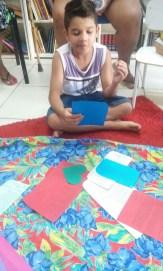 Lucas, leitor da Biblioteca Comunitária Chocolatão esteve presente no Sarau das Mulheres!