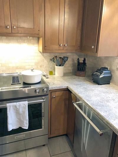 Stove Dishwasher Corner