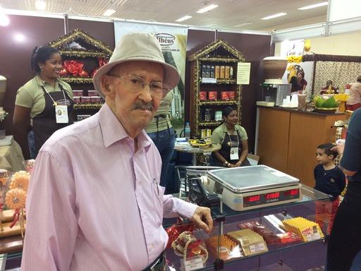 Hans Schaeppi, pioneiro na produção de chocolate caseiro em Ilhéus.