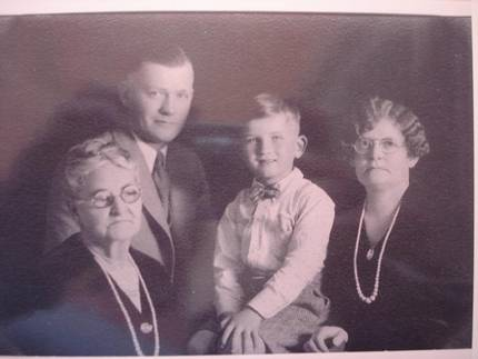 Gene Barker with Great Grandma Cupp, R.V. Barker and Grandma Mertis Pittman