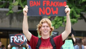 fracking_sign_ruizvargas