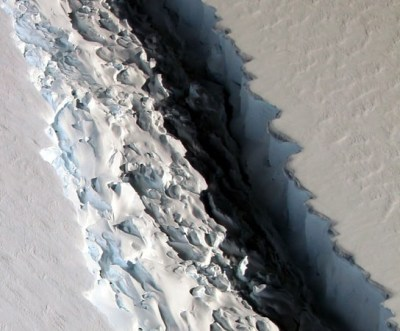 The Larsen trillion-ton C iceberg has broken off