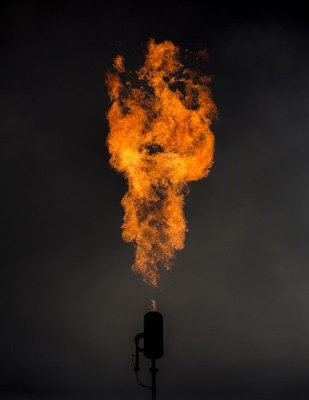 gas flare methane emissions cc flickr by blake thornberry