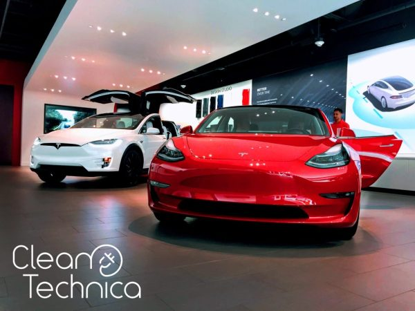 Tesla-Model-3-Red-Tesla-Model-X-White-Tesla-Fleet-Tesla-Store-Florida-Zach-Shahan