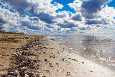 ocean pollution garbage plastic
