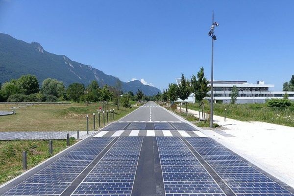 Solar powered road in Savoie Technolac science and technology park, the first installed in Savoie, France. Image from Wikimedia Commons