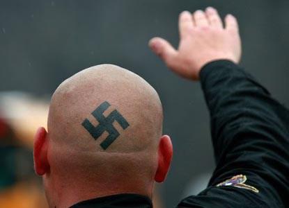 El neo-fascismo, ola mundial.Por Leonardo Boff