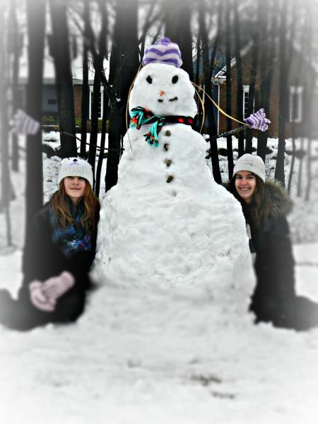 daphne and val snowman