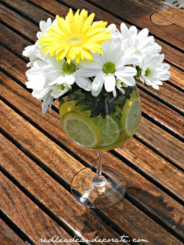 Lemon-Lime-Daisy-Arrangement