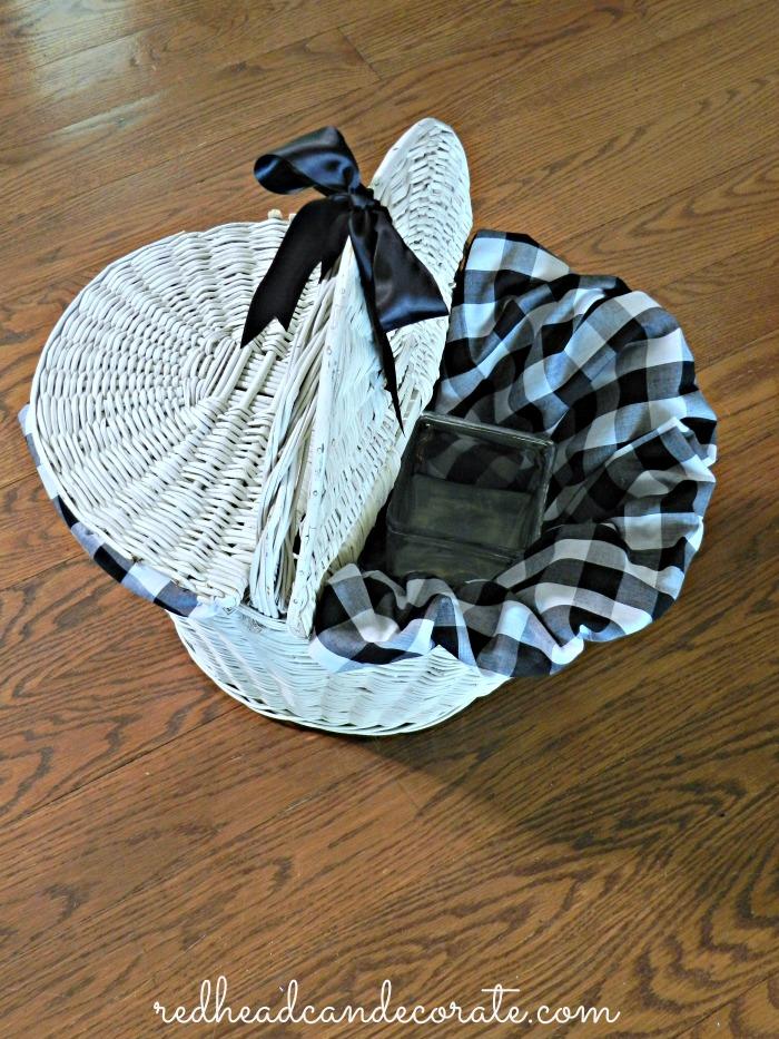 Picnic Basket w Fabric