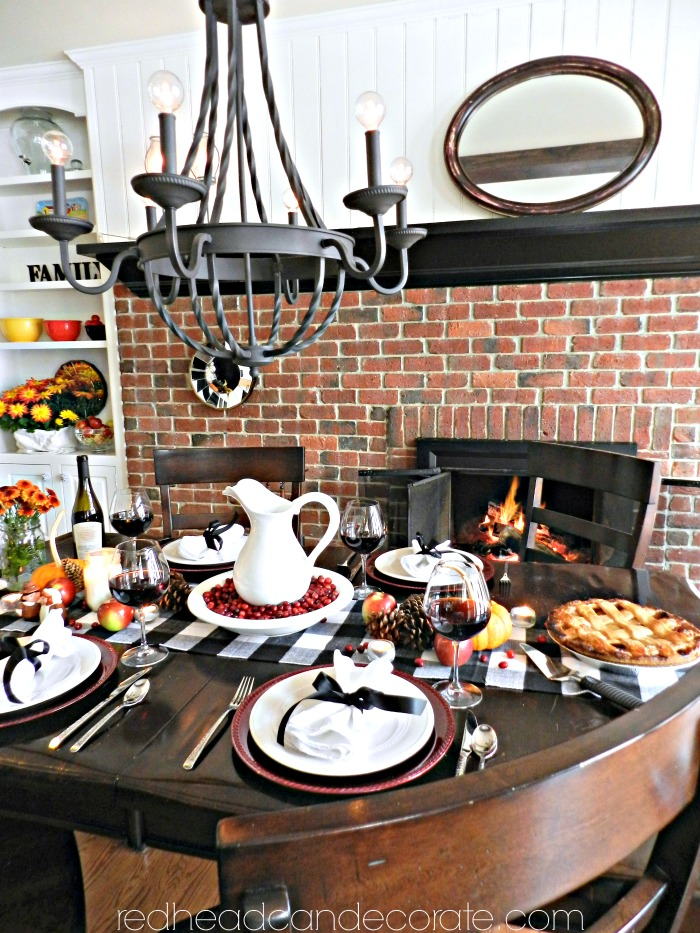thanksgiving-table-cottages-bung