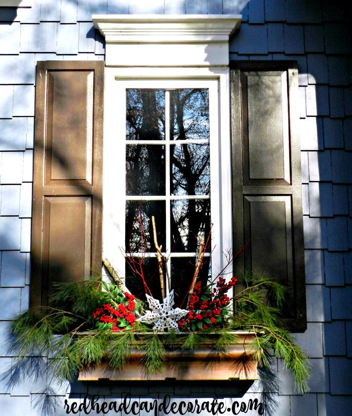 FREE & EASY DIY CHRISTMAS WINDOW BOX DECORATING-I NEEDED TO TRY THIS YEARS AGO!