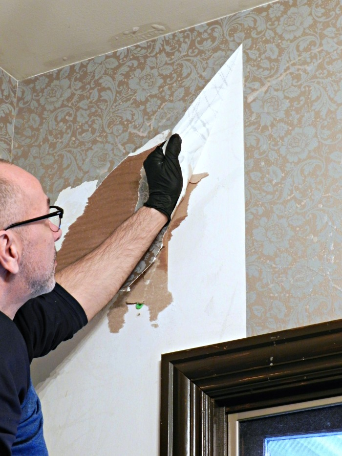 Stripping wallpaper for What do you use to remove wallpaper