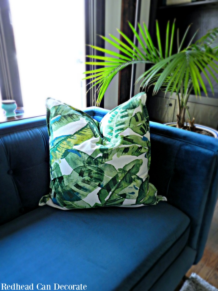 Beautiful Blue & Green Bottle Decorating & Palm Leaf Pillows