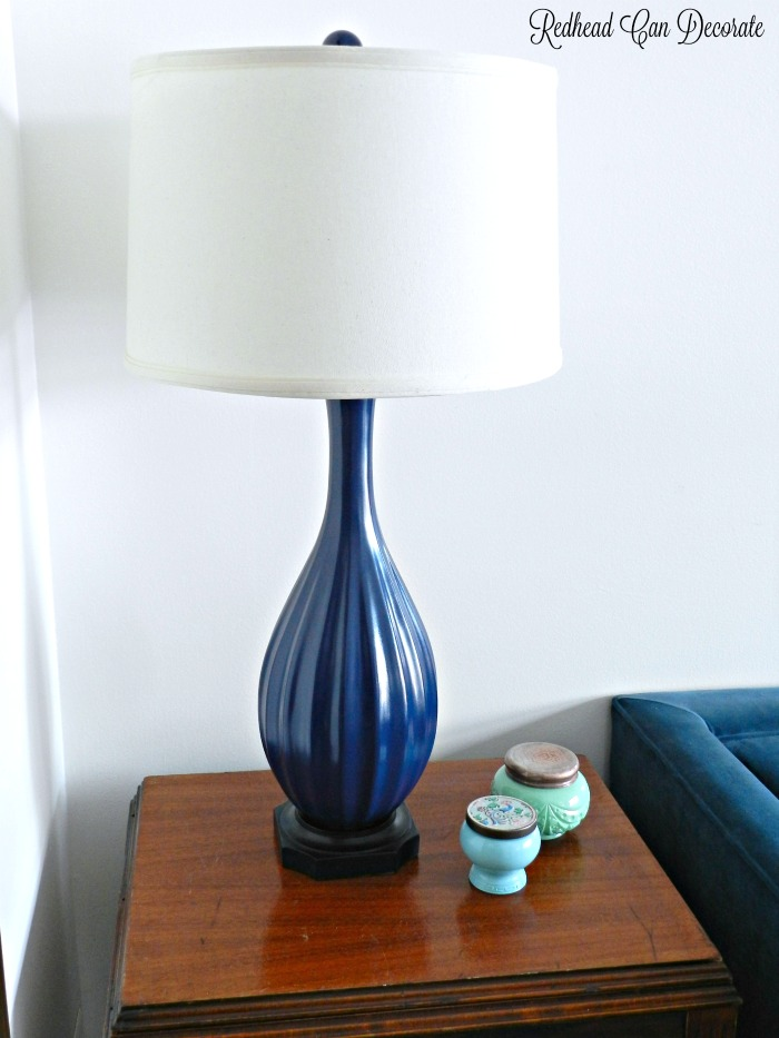 Step by step tutorial: Thrifty Lamp Makeover with Spray Paint! Go ahead and paint that ugly lamp!