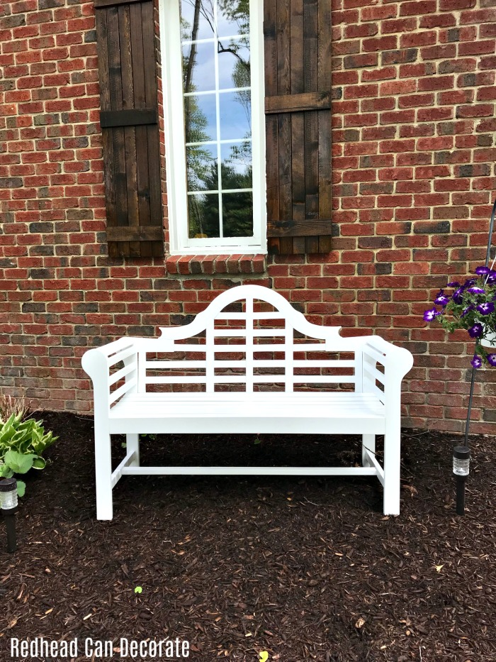 Check Out This Gorgeous White Garden Bench This Blogger Used To Fill In A  Bare Spot