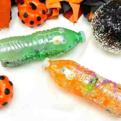 Halloween Sensory Bottles #Crafts