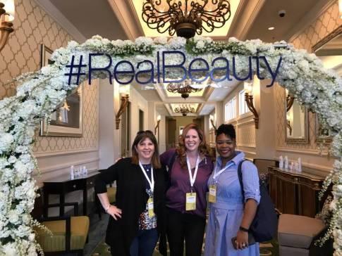 #Mom2Summit #blog #blogger #travel